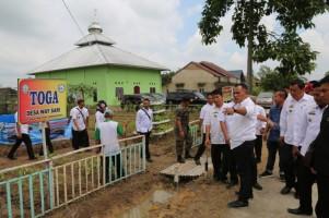 Nanang Tinjau Persiapan Desa Waysari dalam Ajang Lomba Desa Tingkat Nasional
