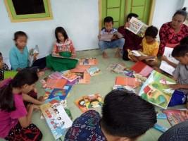 Ngabuburit Asyik Sambil Baca Buku ala K2P Desa Bangunan