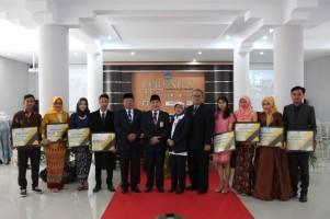 Niken Angraini Lulusan Terbaik FEB Unila Periode November 2018