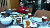 Nikmati Paket Makan Keluarga Hanya Rp475 Ribu di Emersia