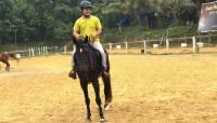 Olahraga Berkuda Melatih Kepemimpinan Diri