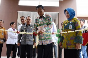 Pairin Resmikan Gedung VIP Rumah Sakit Ahmad Yani Metro