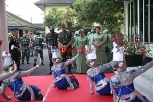 Pangdam II Sriwijaya Kunjungan Perdana ke Makorem 043/Garuda Hitam