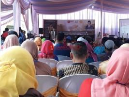 Parosil Buka Seminar Nasional Pengembangan Kopi Robusta