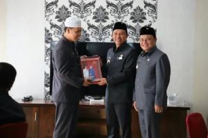 Parosil dan DPRD Lambar Akhiri Kerja Sama
