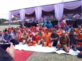 Parosil Persembahkan Piala Adipura untuk Warga Lampung Barat