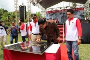 Parosil Resmikan Tugu Soekarno