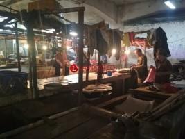 Pasar Bawah, Kumuh dan Sepi Pedagang