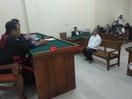 Pelaku Teror Transmart Divonis 2,8 Tahun Penjara