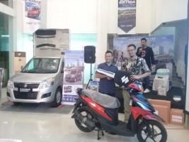 Pelanggan Suzuki Lampung Raih Motor dalam Undian Nasional