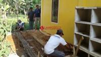 Pembangunan 2 Unit MCK Kantor Desa Kemalo Abung Telan Dana Rp32,9 Juta