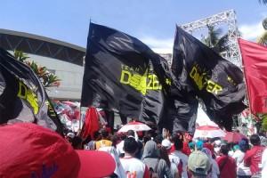 Armada Bus Mengangkut Belasan Ribu Relawan ke GBK Diduga Disabotase