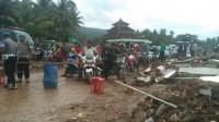 Pembersihan Puing-puing, Jalan Pesisir Rajabasa Ditutup
