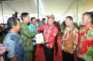 Pemkab Lampung Selatan Bagikan 2.473 Sertifikat Tanah di Kecamatan Ketapang
