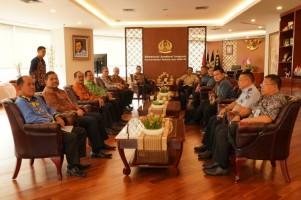 Pemkab Pesisir Barat Kunjungi Ditjen Kemenkumham