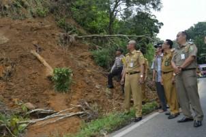 Pemkab Tanggamus Rencanakan Bangun Jalan Lingkar Kotaagung