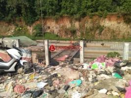 Penarikan Retirbusi TPA Bakung Berdasarkan Perwali, Ini Kata Pengamat