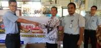 Penerbit Erlangga Lampung Salurkan Bantuan Perlengkapan Sekolah
