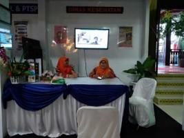 Pengunjung Anjungan LampuraBisa Periksa Kesehatan