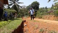 Perbaikan Drainase dan Jalan Desa Kemalo Abung  Telan Dana Rp 50 Juta