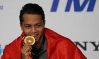 Perenang Siman Sudartawa Pembawa Bendera Indonesia di Upacara Pembukaan Asian Games