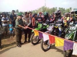 Peringati HUT TNI ke-73, Batalyon 143/TWEJ Adakan Adventure Wisata Trail