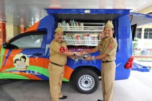 Perpustakaan Keliling Dukung Literasi Daerah