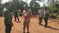 Petugas Gabungan Amankan Lokasi Bekas Amukan Gajah