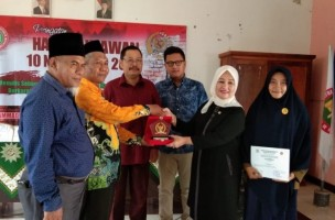 PGRI Lamtim dan Komisi X DPR Dorong Budaya Literasi Pelajar