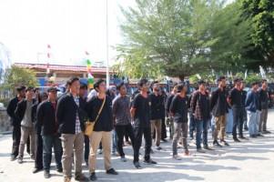 Plh Sekdakab Pesisir Barat Lepas Mahasiswa KKN Itera