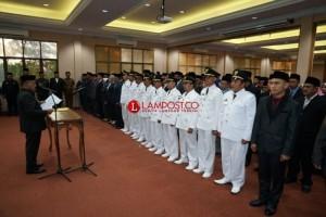 PLT Bupati Lamsel Lantik 123 Pejabat Struktural