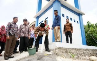 Plt Bupati Lamsel Resmikan Pamsimas di Desa Hatta