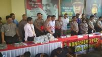 Polda Lampung Sita 50 Ton Garam Ilegal