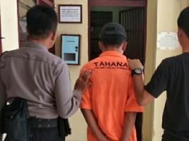 Polisi Tangkap Pencuri Ponsel di Warung Bakso
