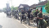 Polisi dan TNI Kodim 0412 Lampung Utara Gelar Patroli Bersama