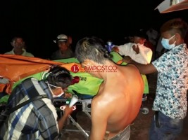 Polisi dan Warga Evakuasi Mayat Tanpa Identitas di Sungai Mesuji