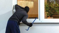 Polisi Tangkap Pembobol Rumah Warga di Terbanggibesar
