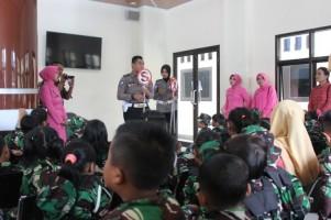 Polres Lambar Edukasi Rambu Lalu Lintas ke Siswa SD