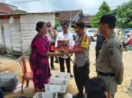 Polres Lampung Utara Berikan Sambako ke Korban Banjir