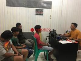 Polres Lampura Tangkap 4 Pria saat Asyik Pesta Ganja