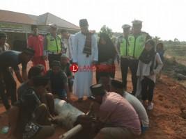 Polres Mesuji Potong 7 Hewan Kurban