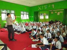 Polres Way Kanan Ajak Pelajar Bijak dalam Media Sosial