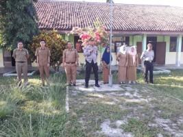 Polsek Bengkunat Sosialisasi Bhabinkamtibmas ke SMAN 1 Bengkunat
