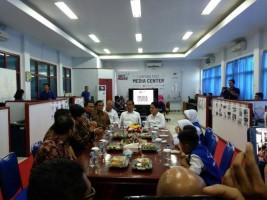 Presiden Joko Widodo Sapa Awak Lampung Post