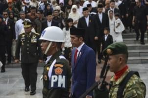 Presiden Jokowi Pimpin Upacara Pemakaman Ani Yudhoyono