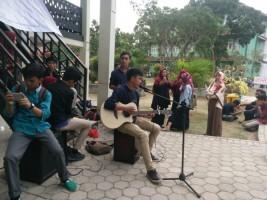 PSM UIN Galang Dana Palu Lewat Konser Mini