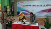 PT Sharp dan SMKN 2 Kota Metro Lakukan Kerja Sama