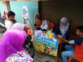 Puskesmas Kemiling Kampanye Imunisasi MR di Pasar Tani
