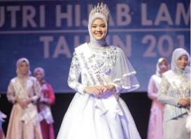 Putri Hijab Lampung Ajak Millenial Tetap Fashionable Meski Berhijab