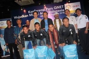 Qnet Berangkatkan Empat Anak Indonesia Berbakat Latihan Sepakbola di Manchester